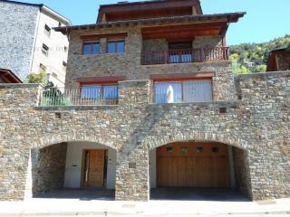 Comprar Chalet Aixirivall Andorra : 933 m2, 1 250 000 EUR